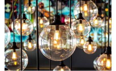 Iluminatul interior: 50+ idei pentru ca locuinta ta sa straluceasca!